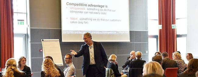 HR skal kende virksomhedens kunder og marked - Dave Ulrich seminar 2015 hosted by Gitte Mandrup