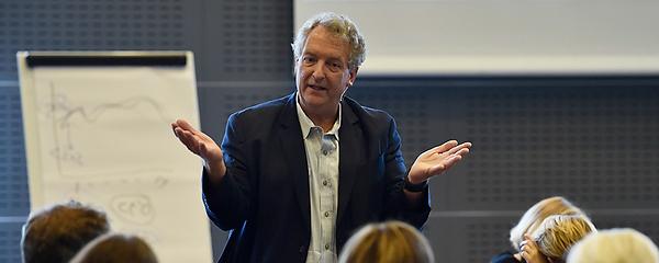 Dave Ulrich gi'r opsang til HR: Hvorfor tager I ikke noter?
